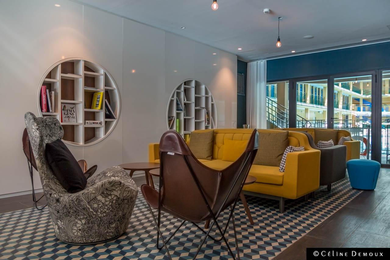 la piscine molitor devient un h tel de luxe mahous s e. Black Bedroom Furniture Sets. Home Design Ideas